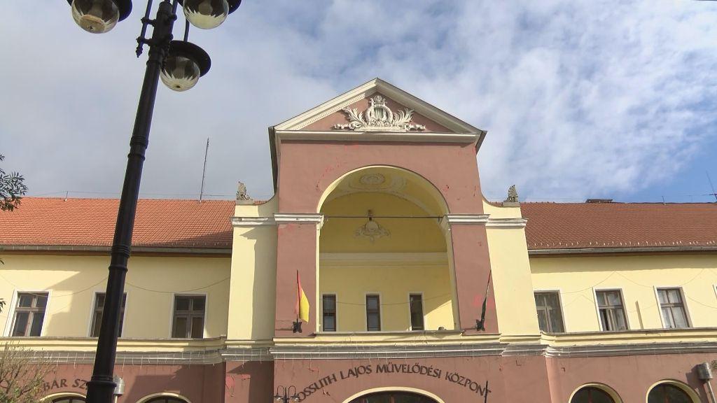Korszerű és energiatakarékos lesz a megújuló Kossuth Lajos Művelődési Központ