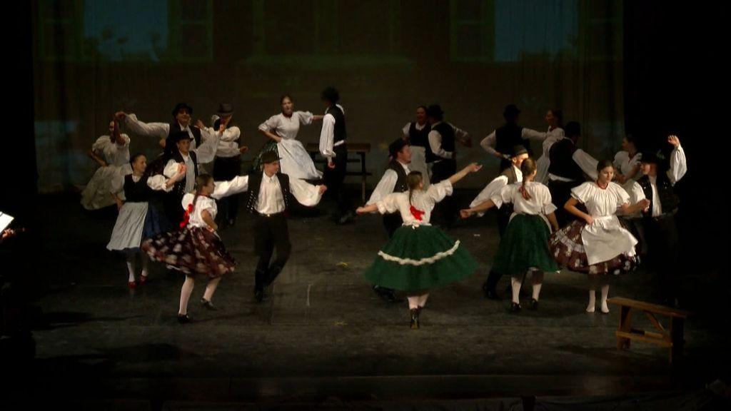 Hol volt, hol nem volt címmel mutatta be legújabb táncelőadását a Bokréta Művészeti Iskola