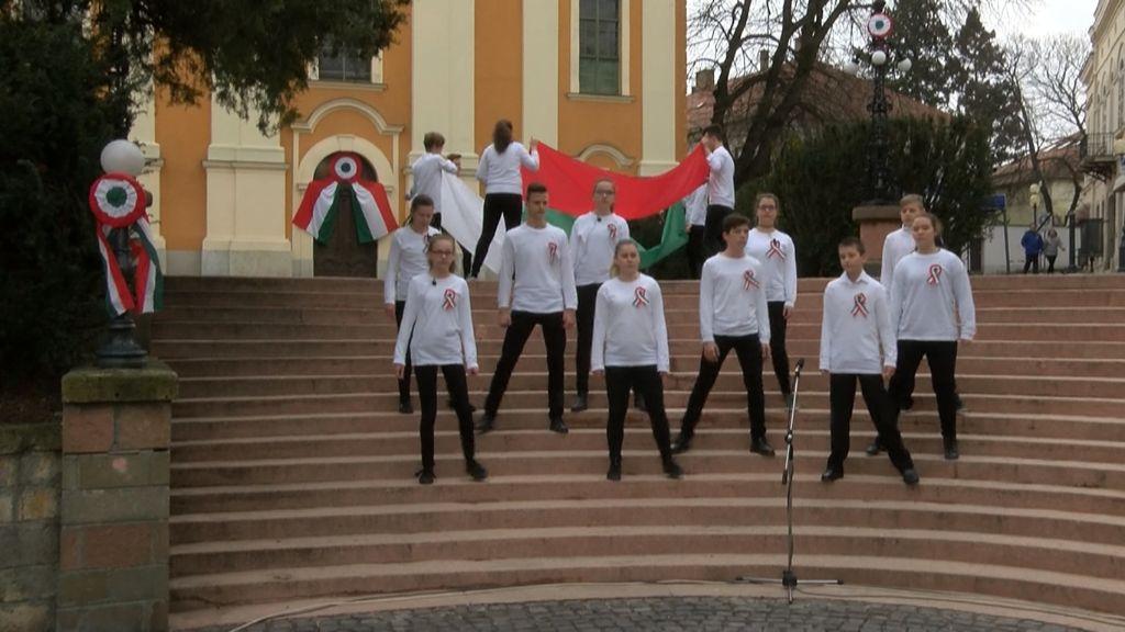A Kossuth téren emlékeztek március 15-én Sátoraljaújhelyen