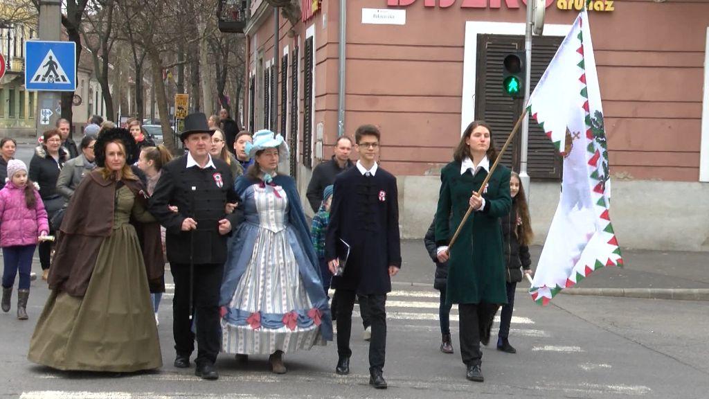 Márciusi ifjak sétája Sátoraljaújhelyen
