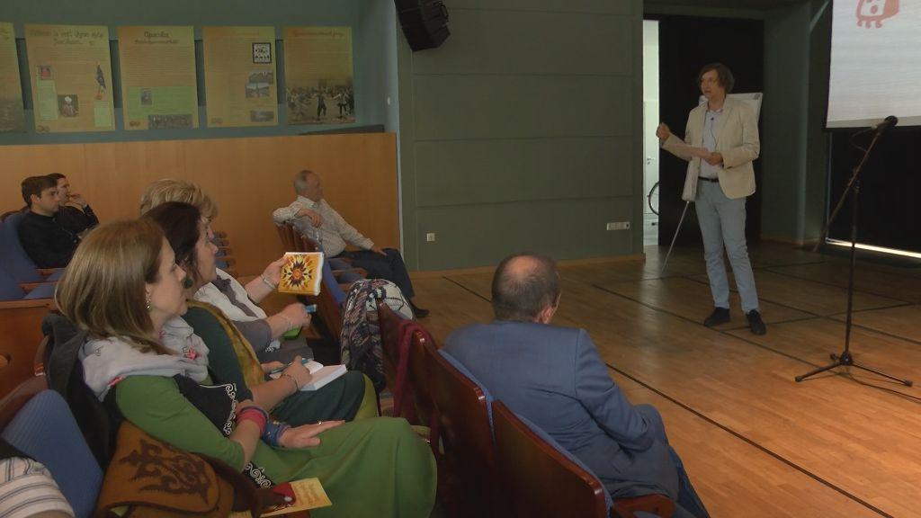 Néphagyomány és nyelvi hagyomány konferencia Széphalmon
