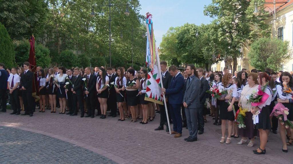 Elballagtak a végzős diákok Sátoraljaújhelyen