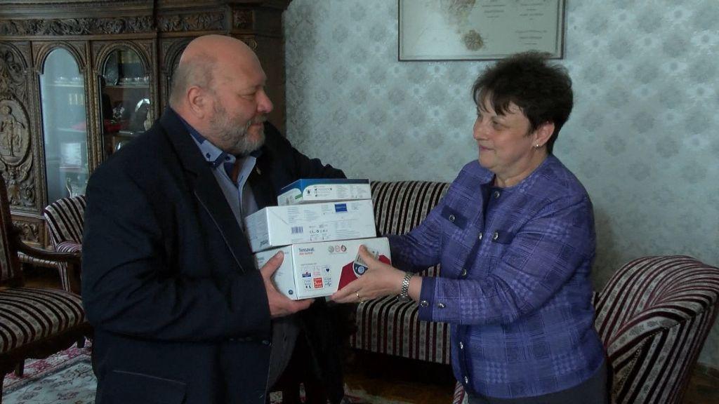 Vérnyomás- és vércukorszintmérőket kaptak Sátoraljaújhely településrészei