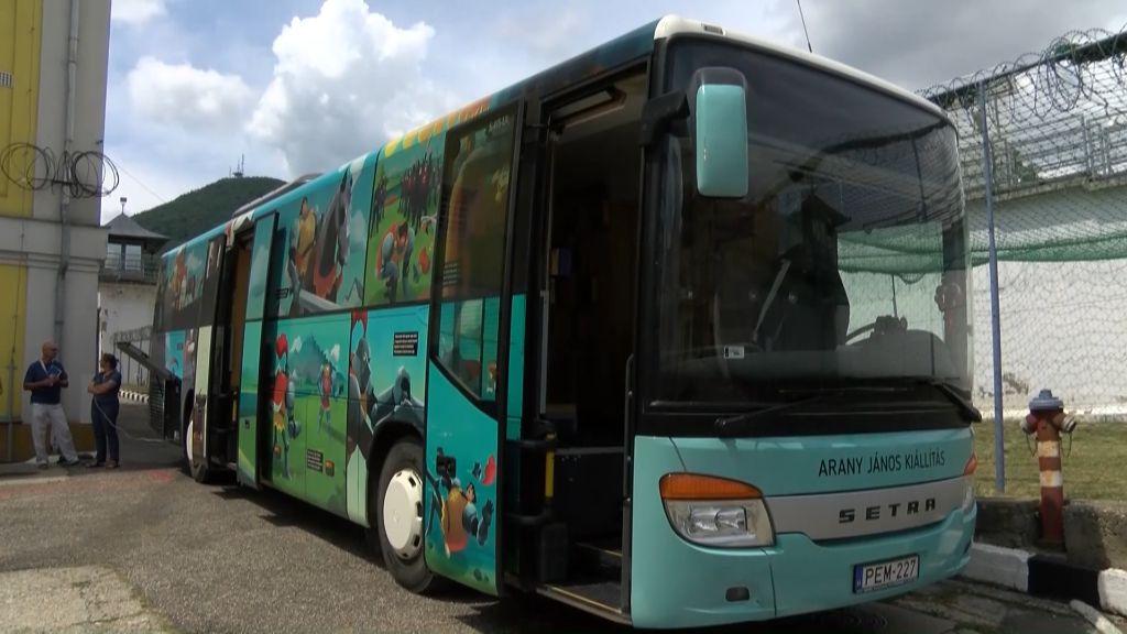 A sátoraljaújhelyi börtönben járt az Arany-busz