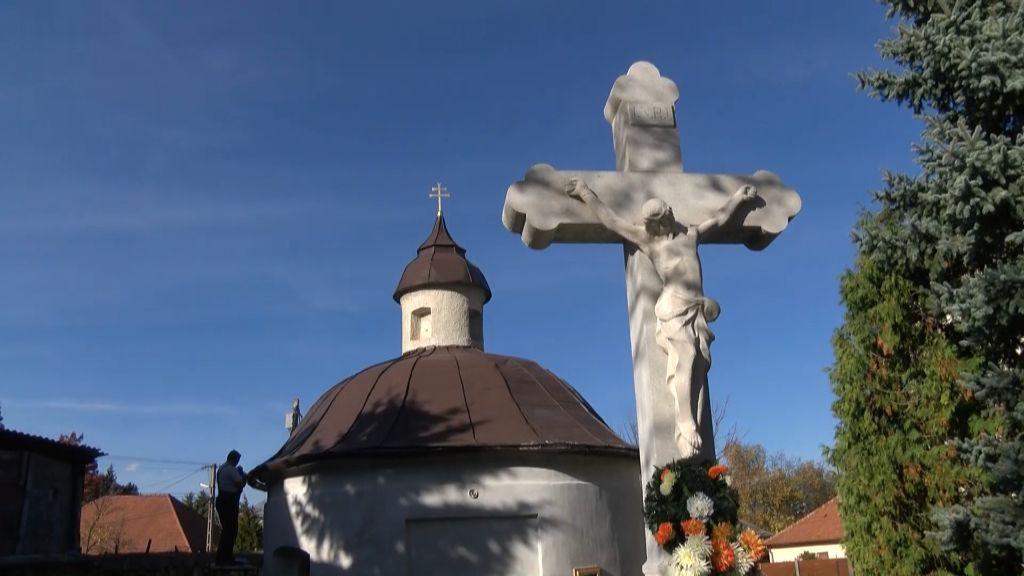 Megújul a Szentháromság-kápolna