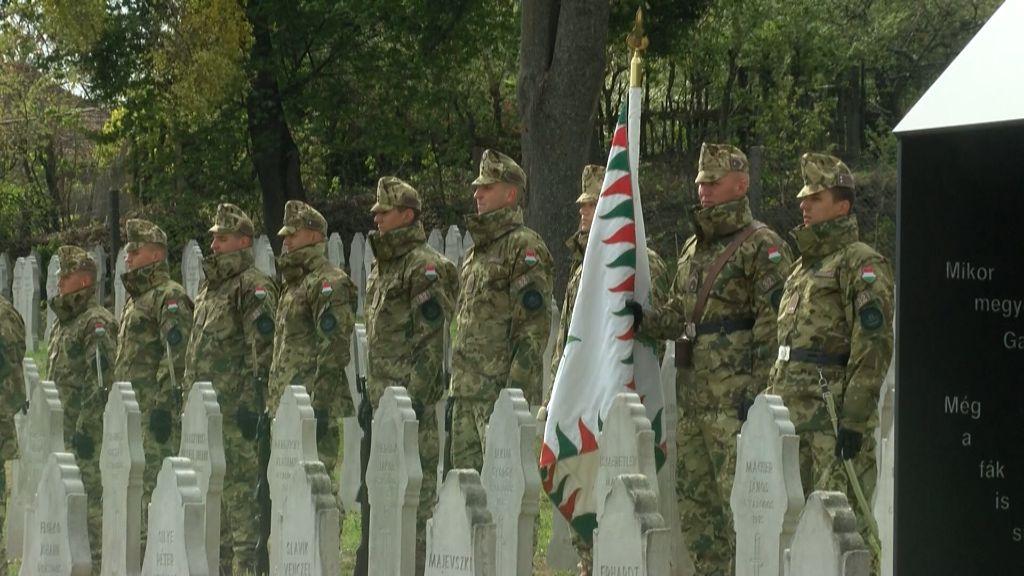 Felavatták a Hősök temetőjét Sátoraljaújhelyen