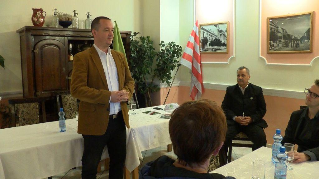 Lakossági fórumot tartott a Mi Hazánk Mozgalom Sátoraljaújhelyen