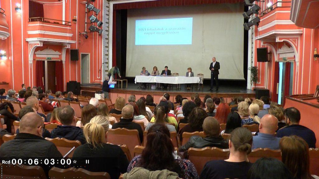 EP-választás: a szavazókörök munkatársait készítették fel Sátoraljaújhelyen