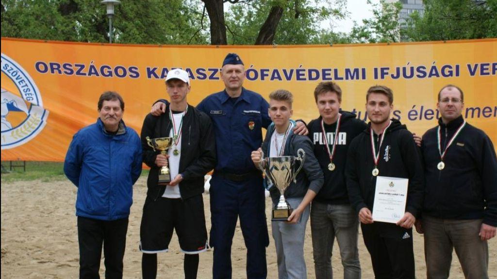 Országos versenyen lettek újra elsők az újhelyi ifjúsági katasztrófavédők