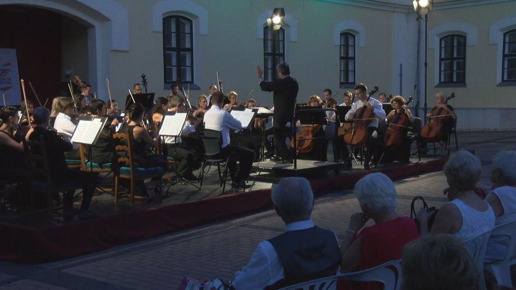 A Budafoki Dohnányi Zenekar adott nyáresti koncertet Sátoraljaújhelyen