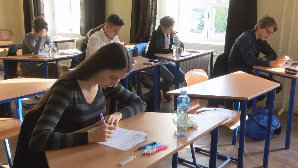 """47. """"Édes anyanyelvünk"""" nyelvhasználati verseny országos döntője Sátoraljaújhelyen"""