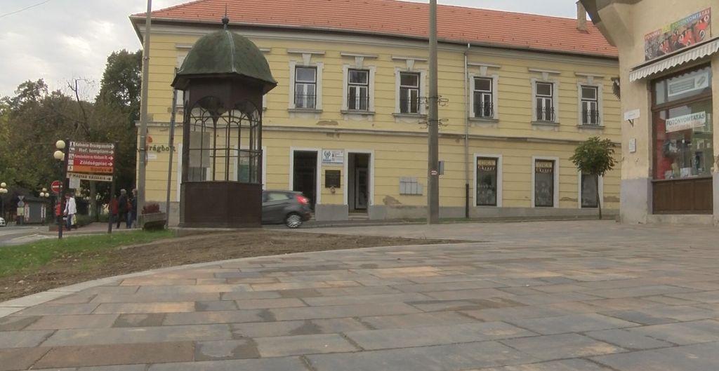 Megújult a Táncsics tér Sátoraljaújhelyen