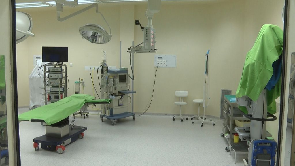 Új ortopédiai műszerek beszerzésében segíti az Erzsébet Kórházat a sátoraljaújhelyi önkormányzat