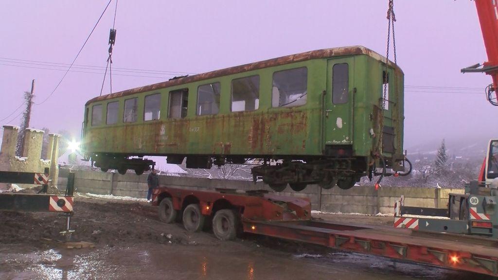 Kisvasúti kocsi érkezett Sátoraljaújhelyre