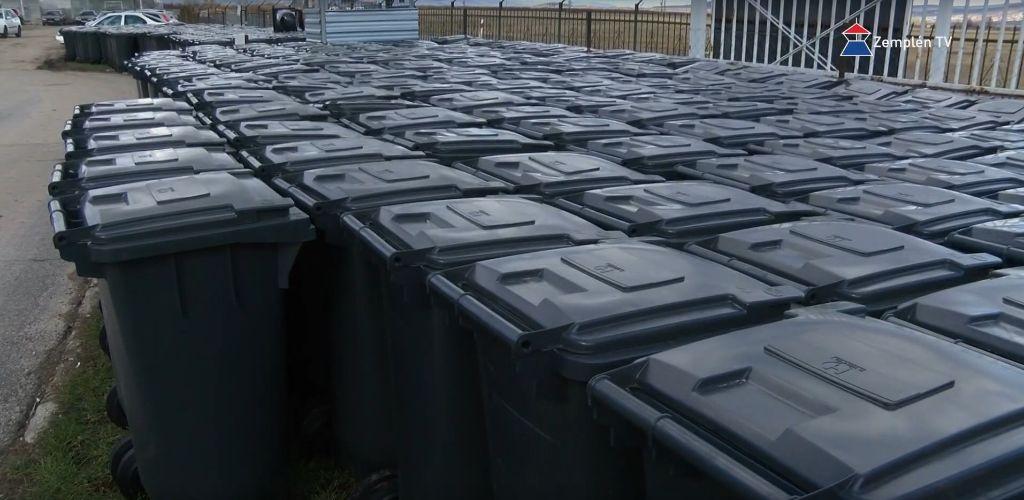 Már osztják az új kommunális hulladéktartó edényeket Sátoraljaújhelyen