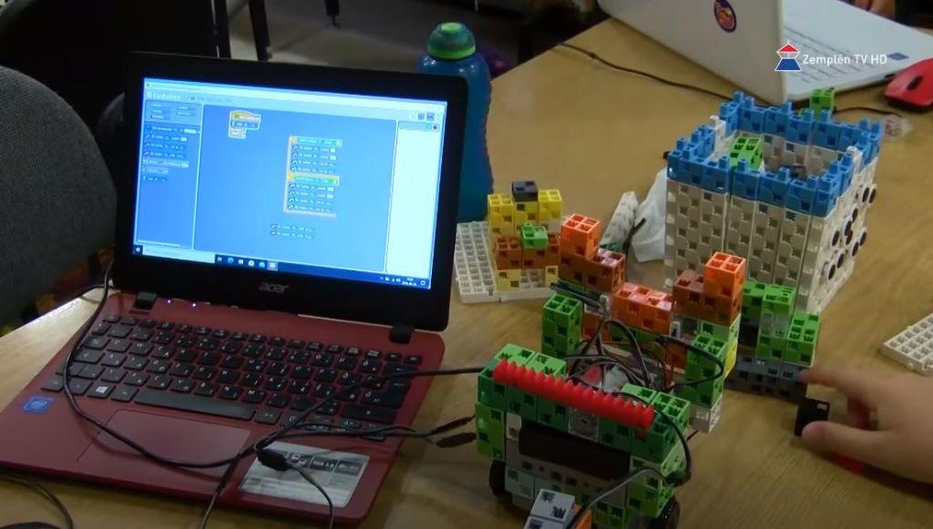 Robotika tábort szerveztek a Sátoraljaújhelyi Városi Könyvtárban