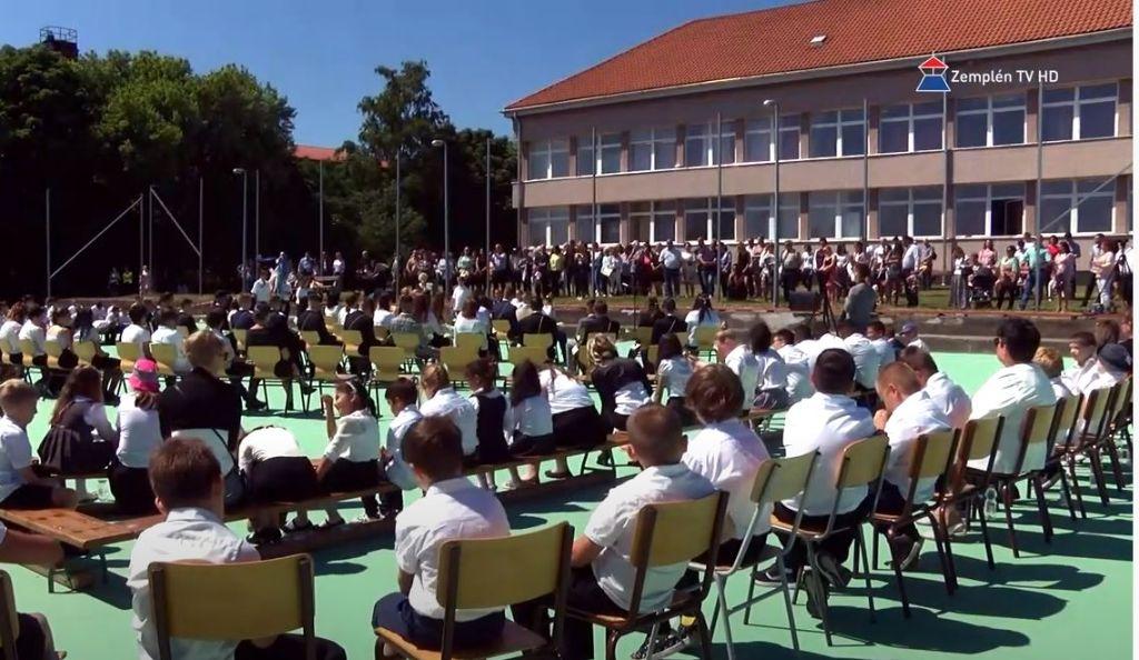 A sátoraljaújhelyi Kazinczy Ferenc Általános Iskolából is elballagtak a diákok