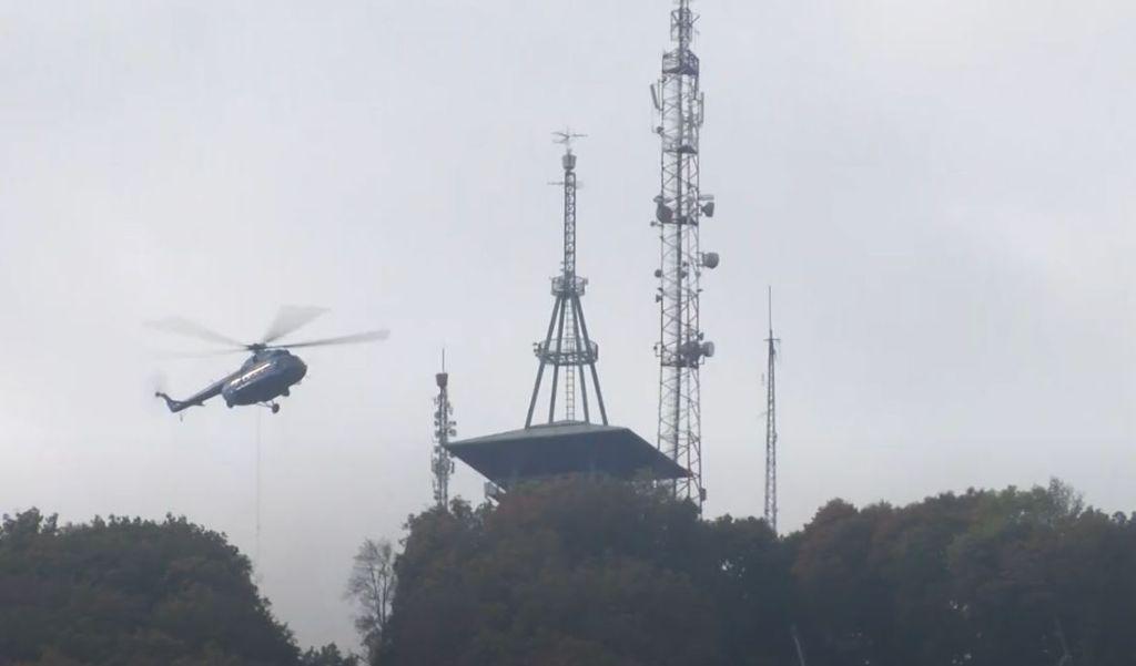 Helikopteres segítséggel épül az új libegő